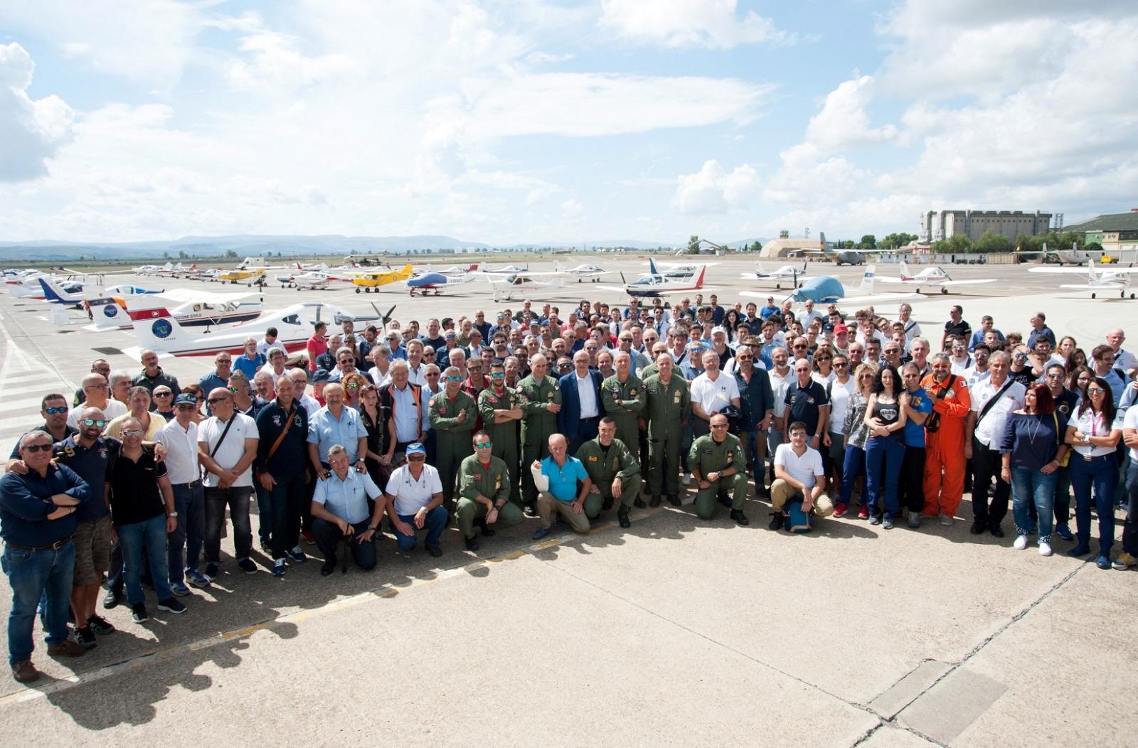 Ufficio Generale Per La Comunicazione Aeronautica Militare : Aeronautica militare il predator e le sue attività youtube